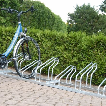 Lo-Hoop Cycle Rack