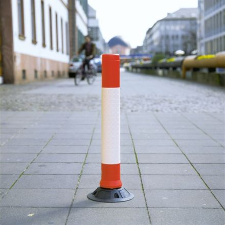 Flexible Traffic Posts